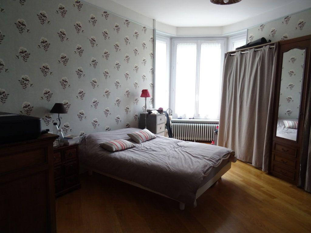 Maison à vendre 6 135m2 à Limoges vignette-11