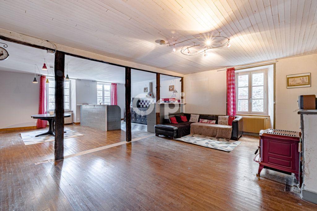 Maison à vendre 7 200m2 à Saint-Léonard-de-Noblat vignette-2