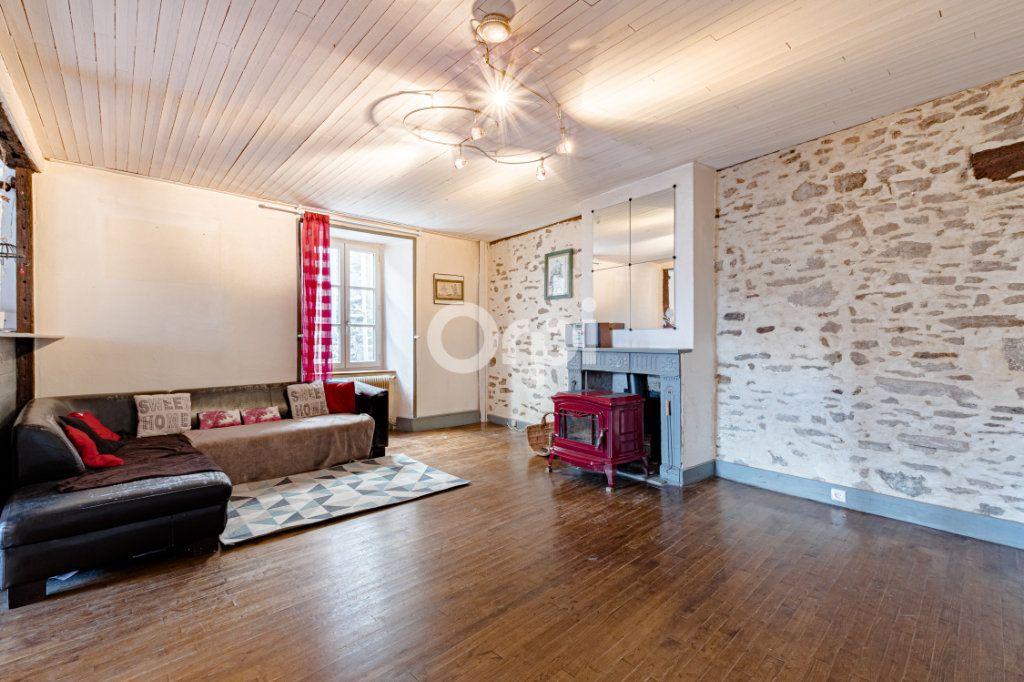 Maison à vendre 7 200m2 à Saint-Léonard-de-Noblat vignette-3