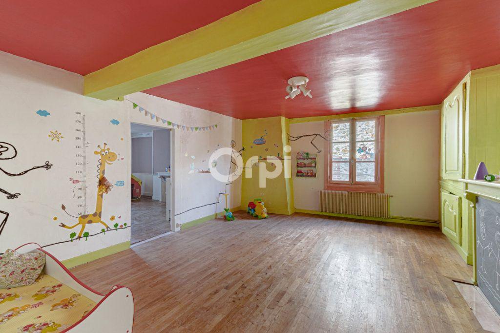 Maison à vendre 7 200m2 à Saint-Léonard-de-Noblat vignette-8