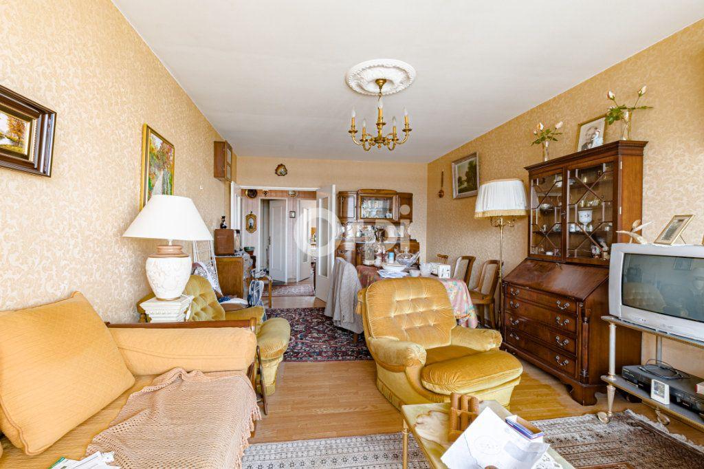 Appartement à vendre 4 90m2 à Limoges vignette-3