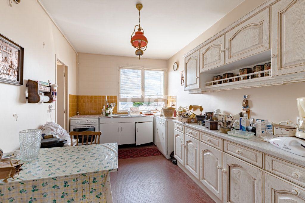 Appartement à vendre 4 90m2 à Limoges vignette-5