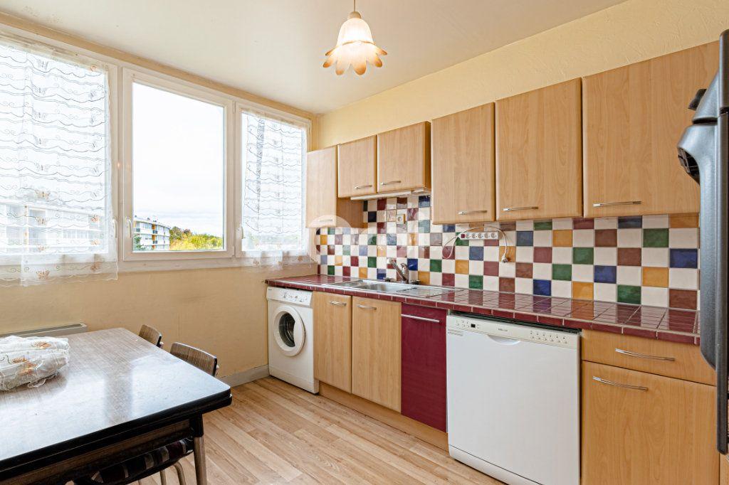 Appartement à vendre 4 75.95m2 à Limoges vignette-3