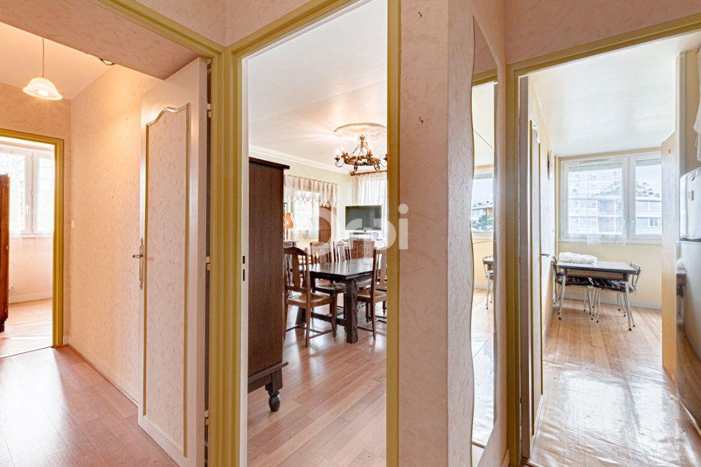 Appartement à vendre 4 75.95m2 à Limoges vignette-4