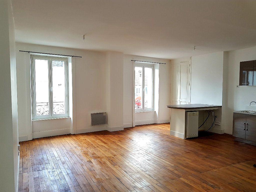 Appartement à vendre 3 76.75m2 à Limoges vignette-1