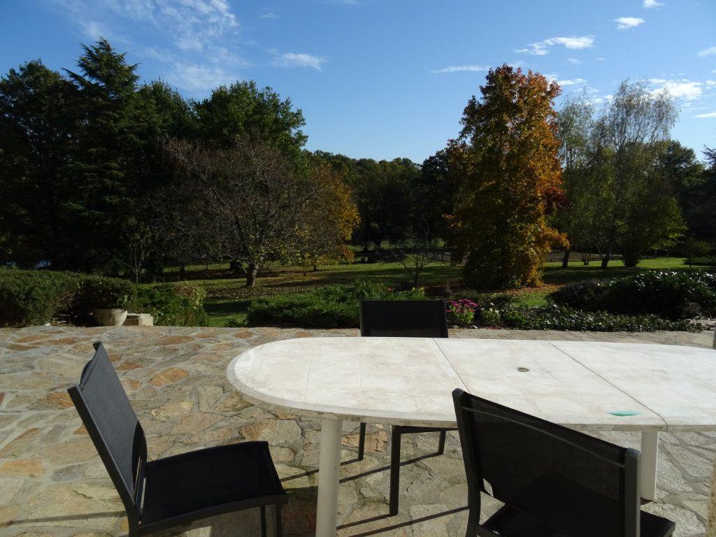 Maison à vendre 8 250m2 à Limoges vignette-3
