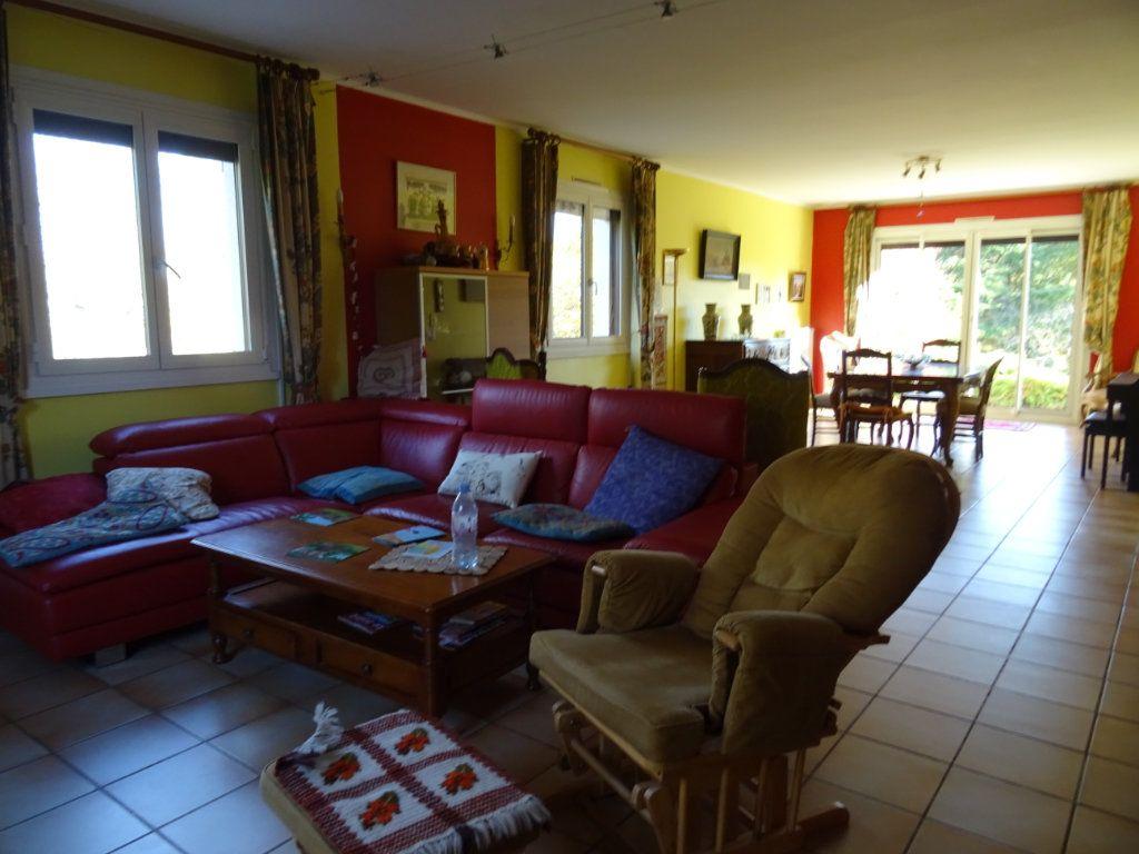 Maison à vendre 8 250m2 à Limoges vignette-9