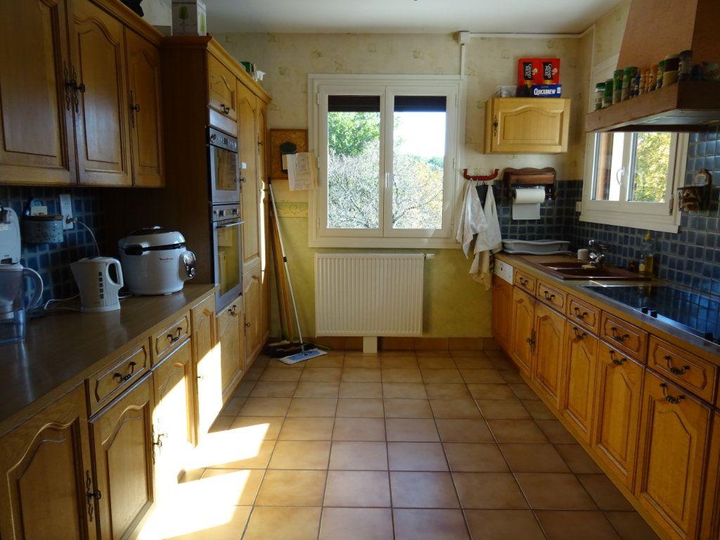 Maison à vendre 8 250m2 à Limoges vignette-11