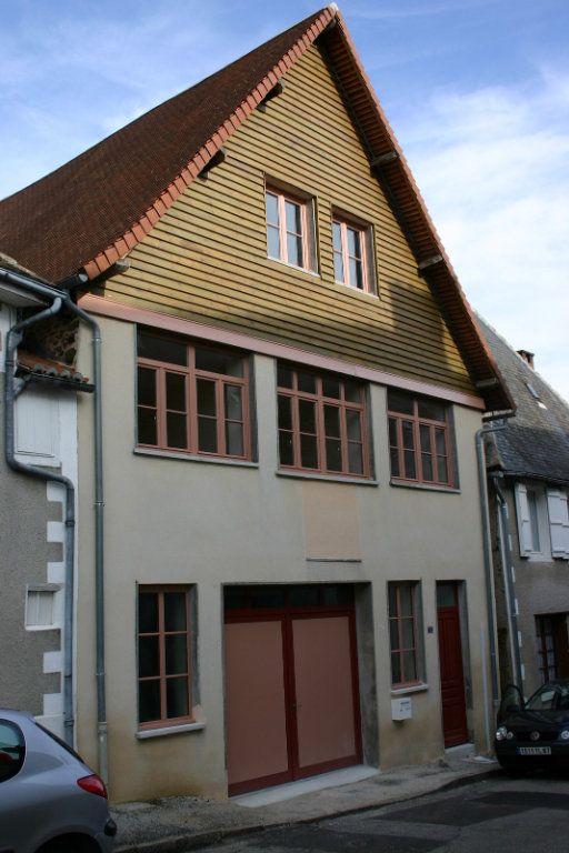 Maison à vendre 6 110m2 à Saint-Germain-les-Belles vignette-1