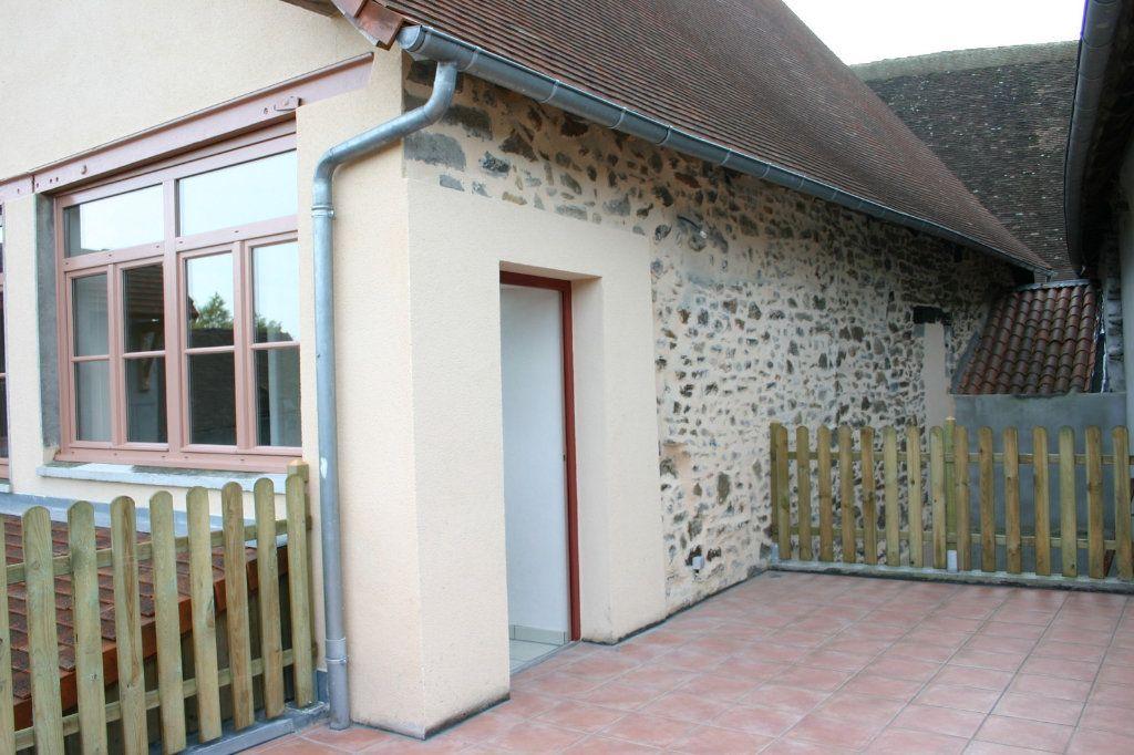 Maison à vendre 6 110m2 à Saint-Germain-les-Belles vignette-2