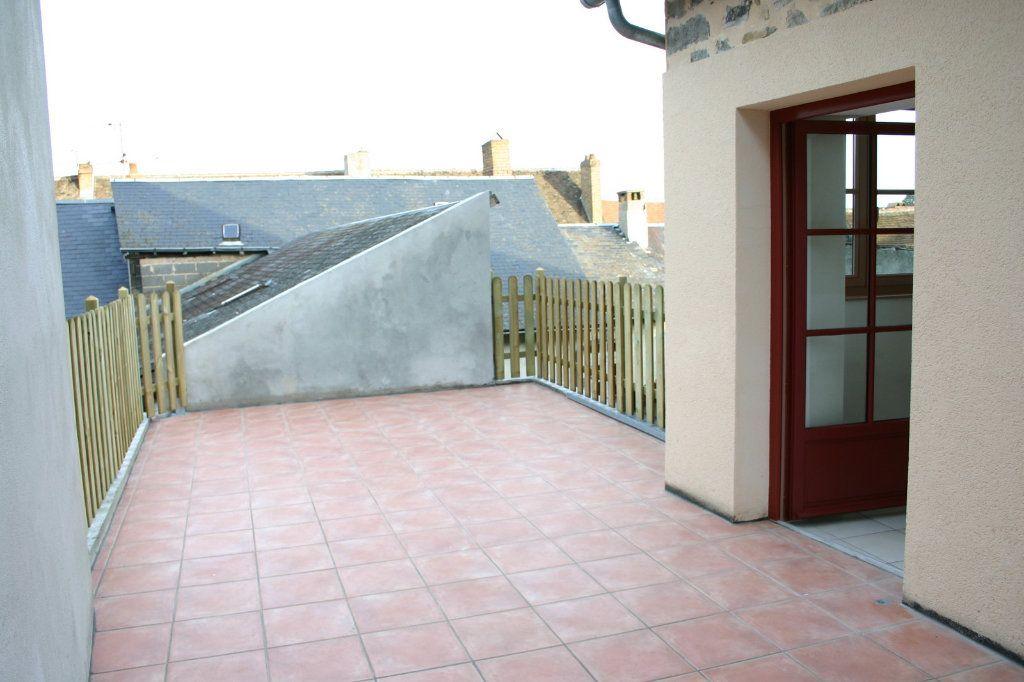 Maison à vendre 6 110m2 à Saint-Germain-les-Belles vignette-3