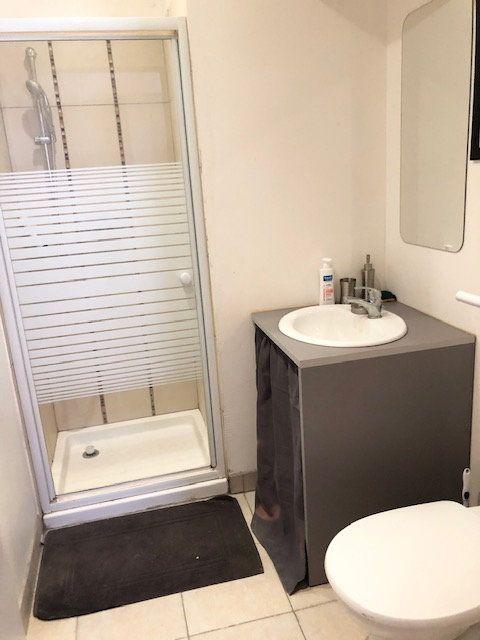 Appartement à louer 2 31.8m2 à Limoges vignette-1