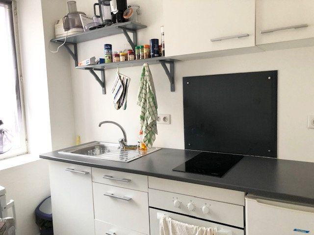 Appartement à louer 2 31.8m2 à Limoges vignette-3