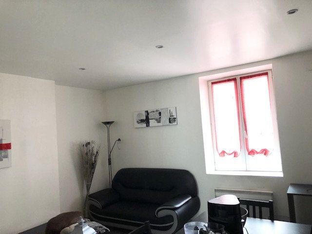 Appartement à louer 2 31.8m2 à Limoges vignette-5