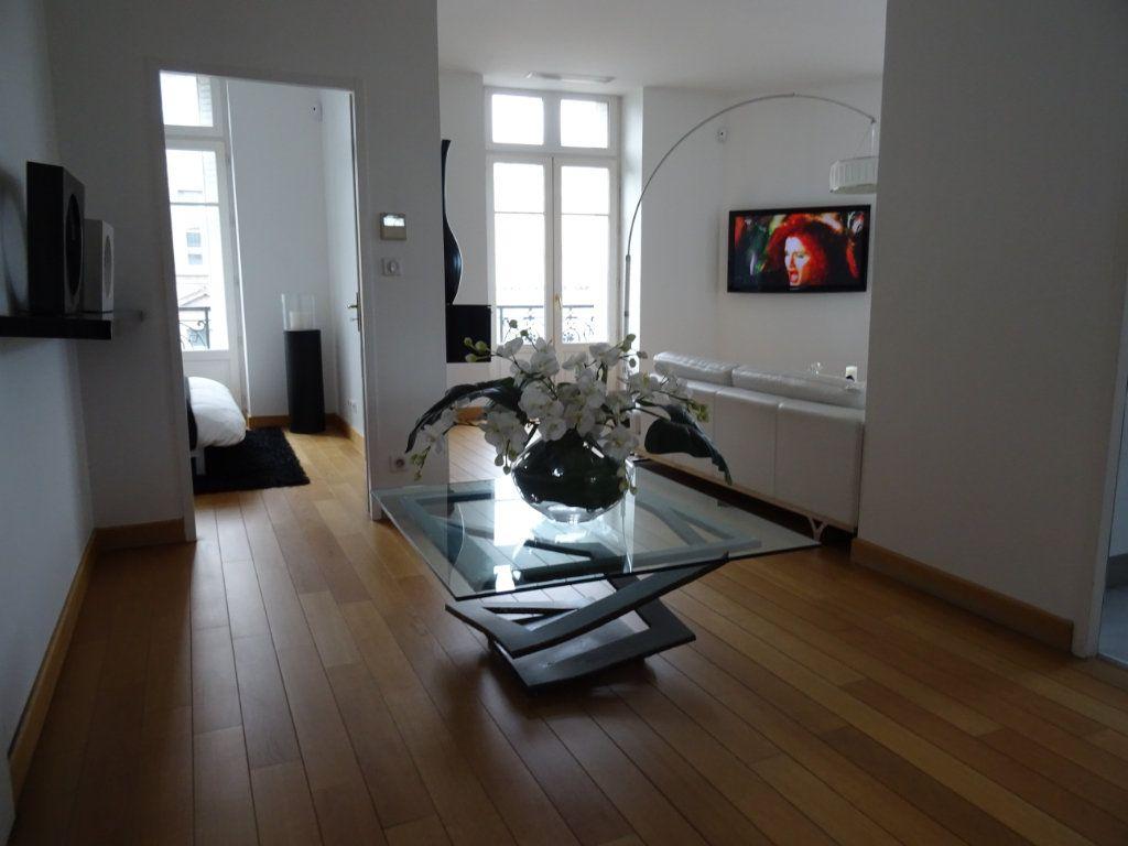 Appartement à vendre 4 88.23m2 à Limoges vignette-1