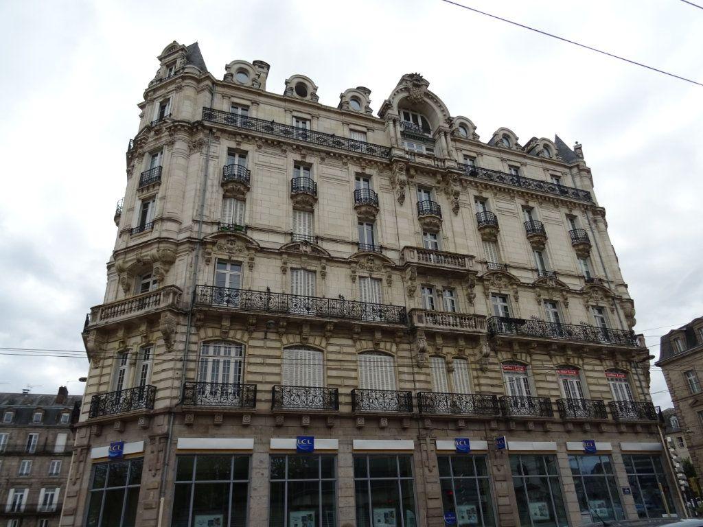 Appartement à vendre 4 88.23m2 à Limoges vignette-16