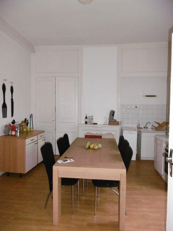 Appartement à louer 3 76m2 à Limoges vignette-2