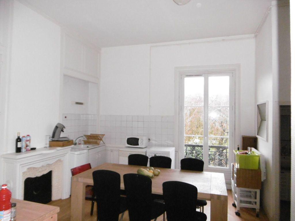 Appartement à louer 3 76m2 à Limoges vignette-3