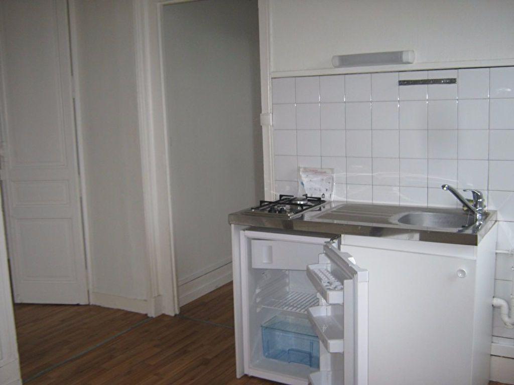 Appartement à louer 1 38.94m2 à Limoges vignette-4