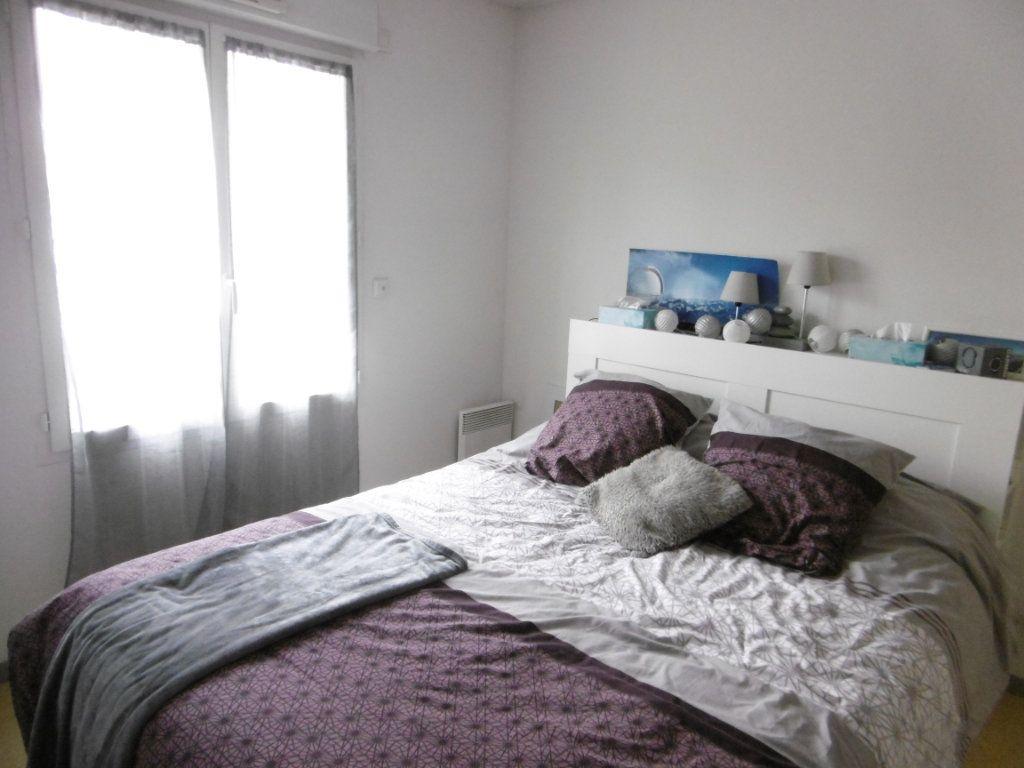 Appartement à louer 2 35.03m2 à Limoges vignette-5