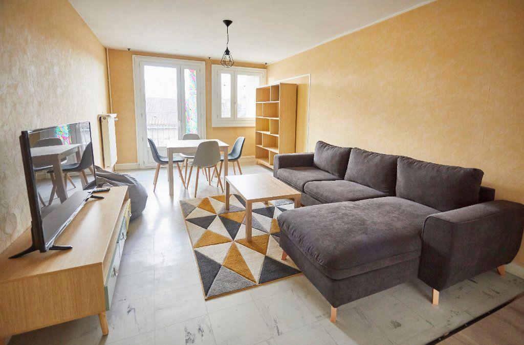 Appartement à vendre 6 87m2 à Limoges vignette-2