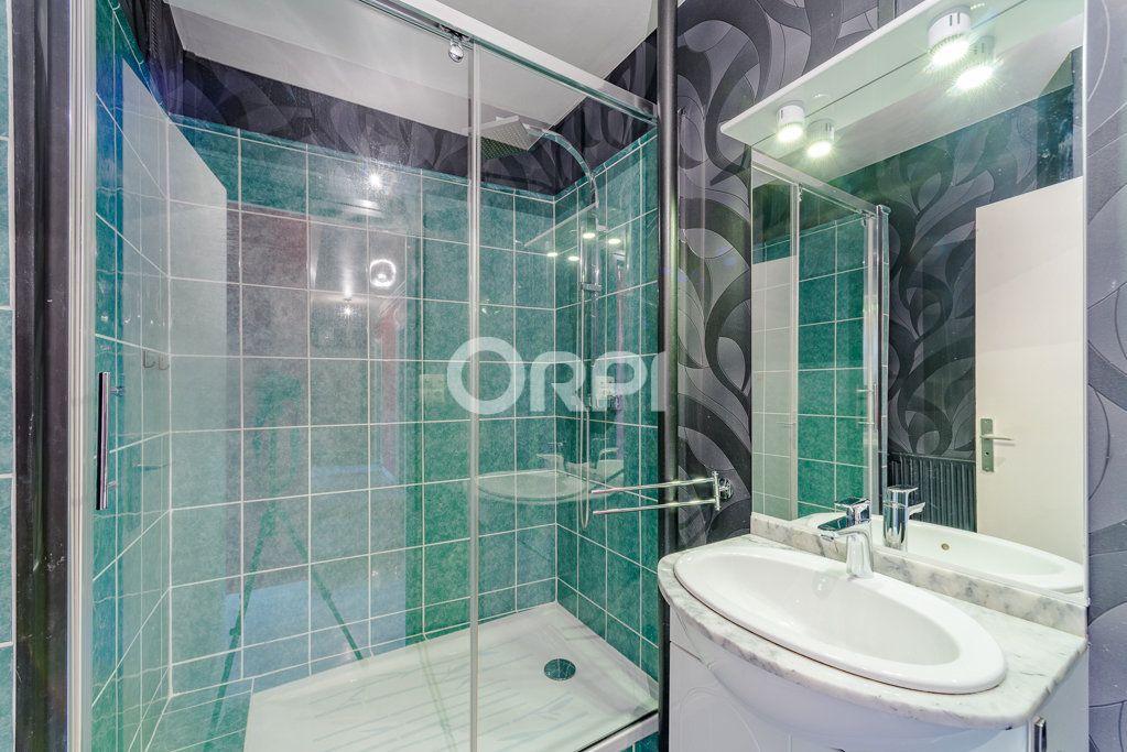 Appartement à vendre 6 87m2 à Limoges vignette-9