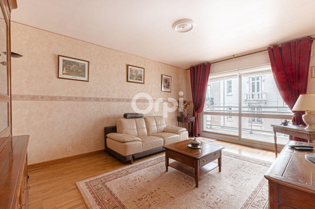 Appartement à vendre 2 56.03m2 à Limoges vignette-2