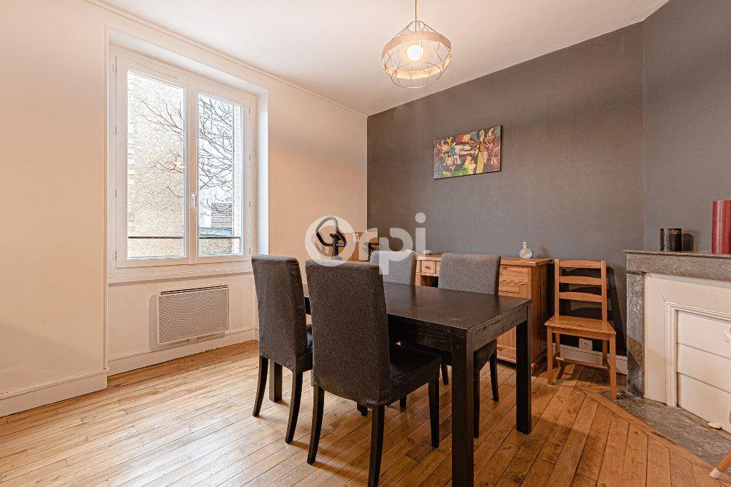 Appartement à vendre 4 89m2 à Limoges vignette-3