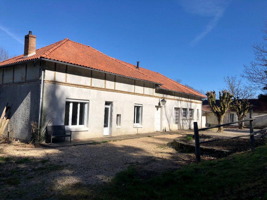 Maison à vendre 6 162m2 à Dournazac vignette-2