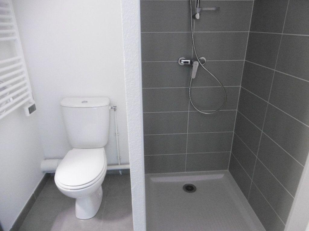 Appartement à louer 1 21.73m2 à Isle vignette-3