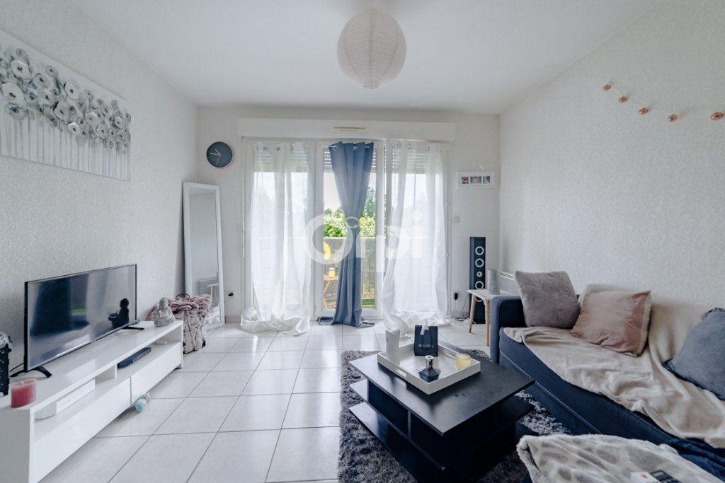 Appartement à louer 2 36m2 à Panazol vignette-1