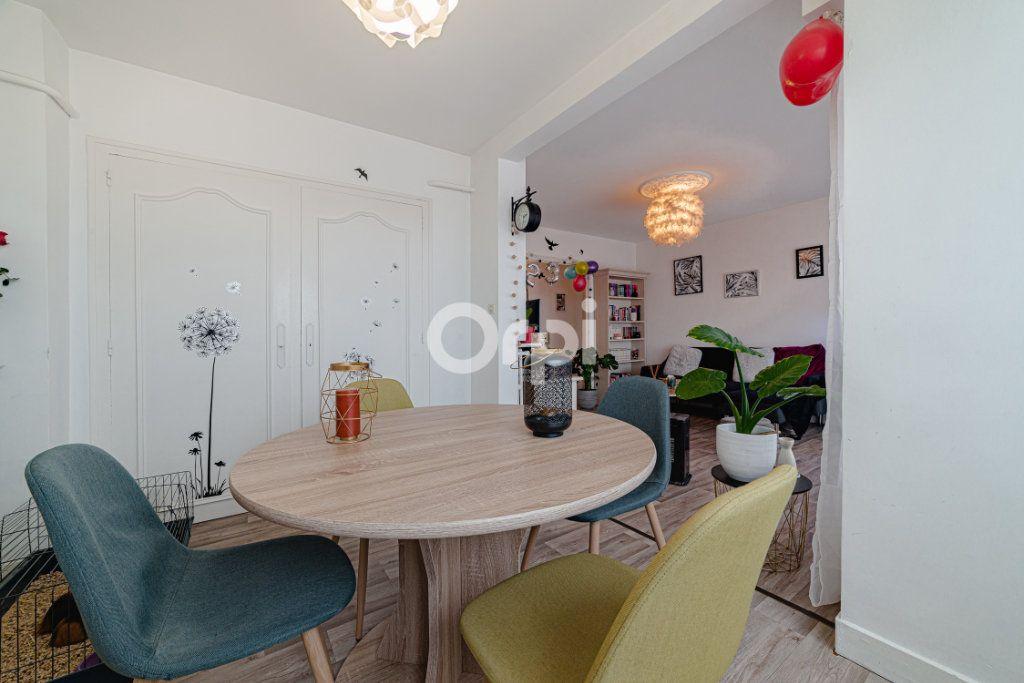 Appartement à vendre 4 64.95m2 à Limoges vignette-4