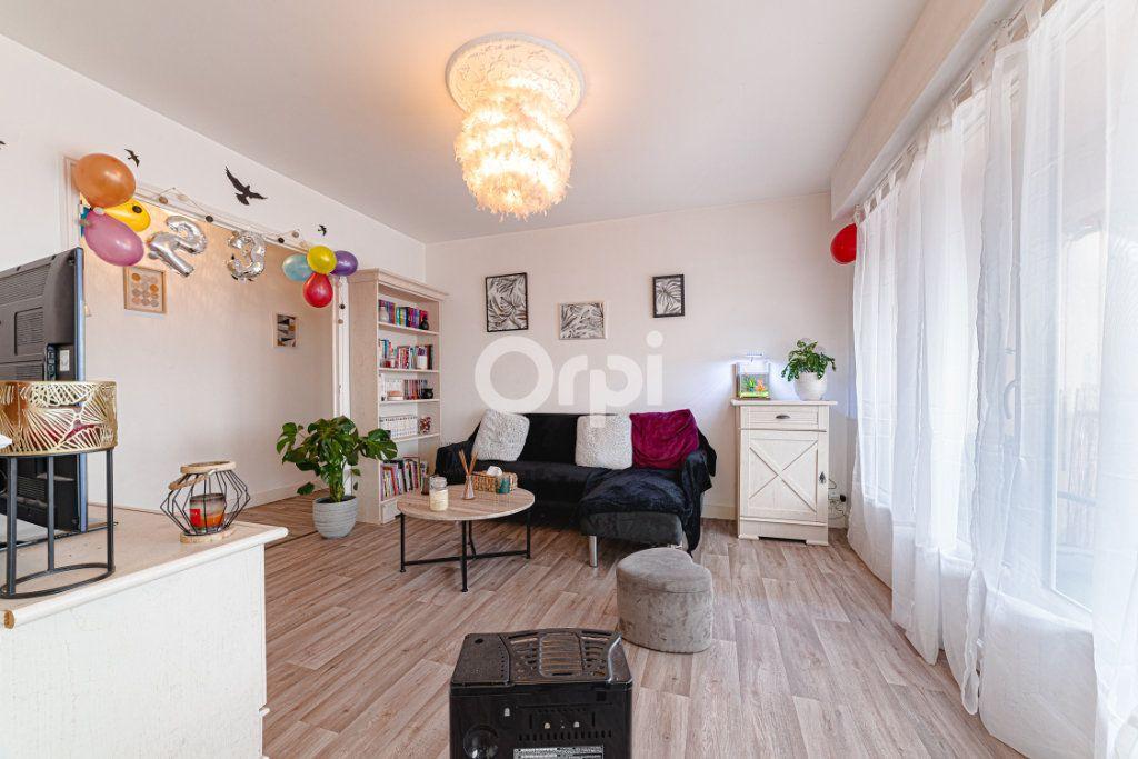 Appartement à vendre 4 64.95m2 à Limoges vignette-5