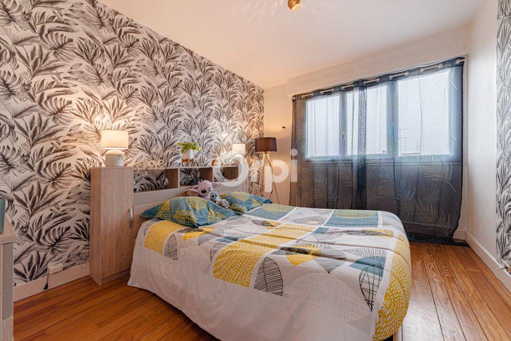 Appartement à vendre 4 64.95m2 à Limoges vignette-8