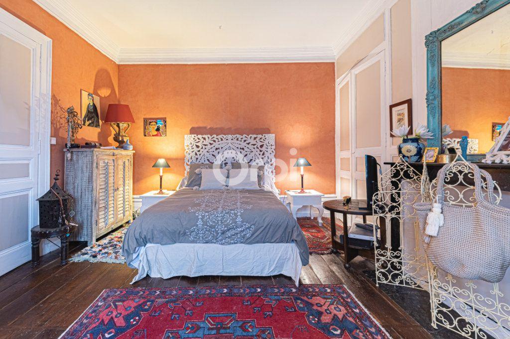 Appartement à vendre 4 127.7m2 à Limoges vignette-6