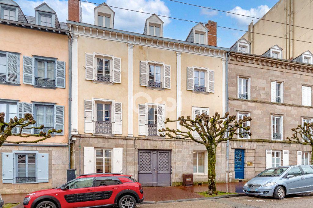 Appartement à vendre 4 127.7m2 à Limoges vignette-11