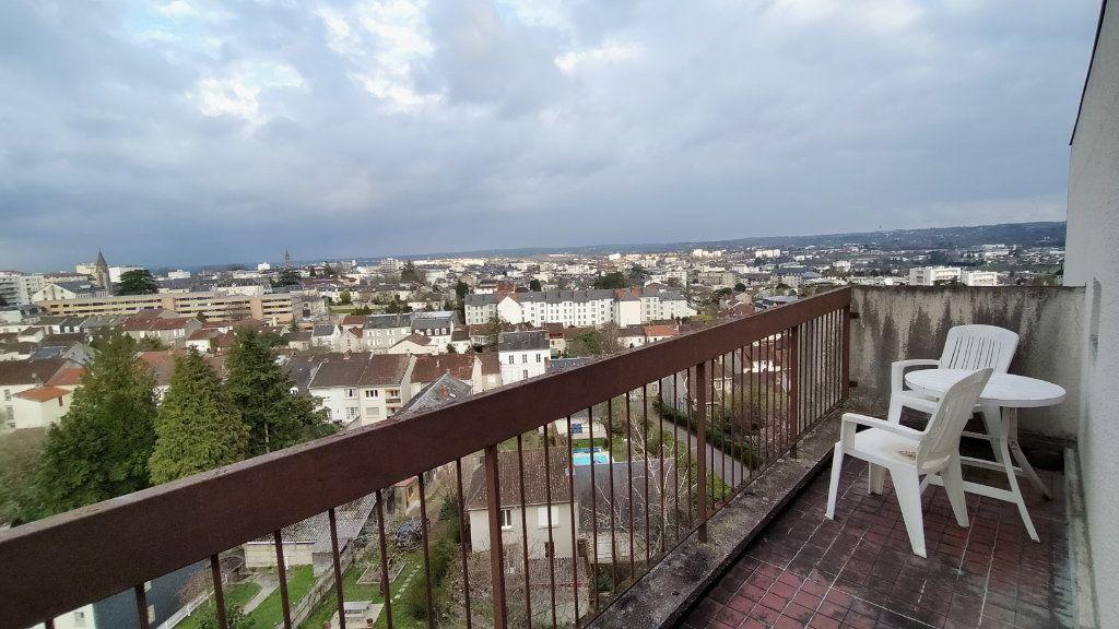 Appartement à louer 1 21.97m2 à Limoges vignette-8