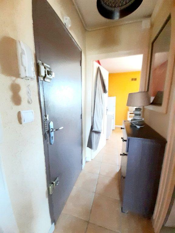 Appartement à louer 2 43.42m2 à Limoges vignette-6