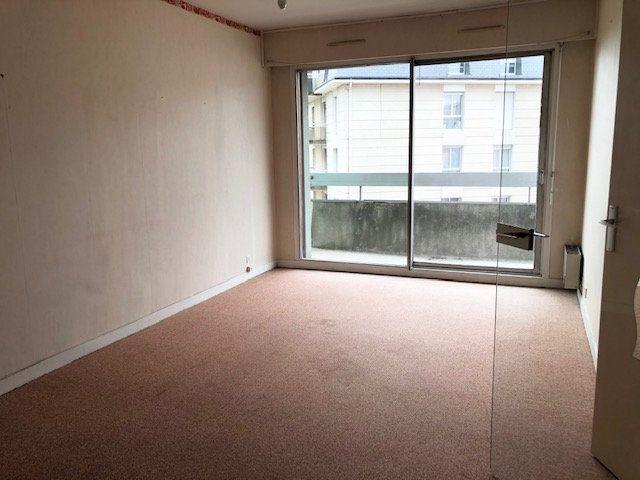 Appartement à louer 1 35m2 à Limoges vignette-3