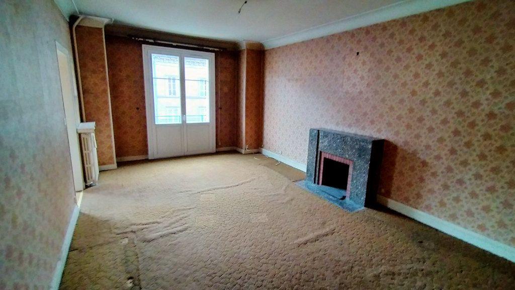 Appartement à vendre 7 144.76m2 à Limoges vignette-4