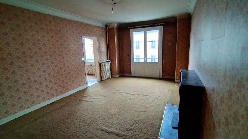 Appartement à vendre 7 144.76m2 à Limoges vignette-5