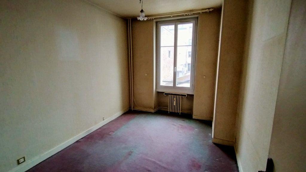 Appartement à vendre 7 144.76m2 à Limoges vignette-7