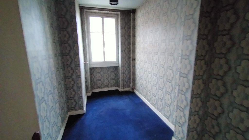 Appartement à vendre 7 144.76m2 à Limoges vignette-8