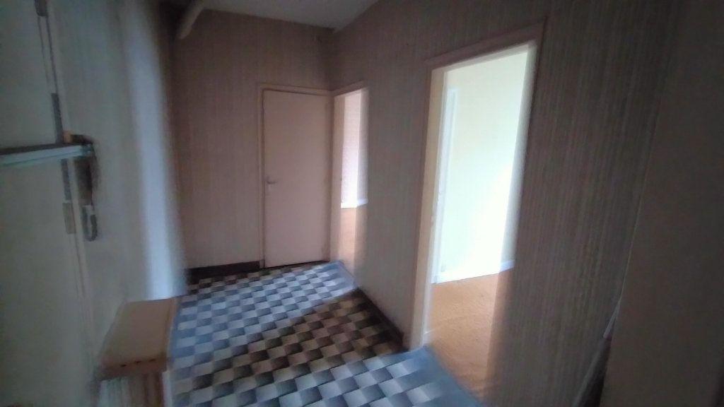 Appartement à vendre 7 144.76m2 à Limoges vignette-9