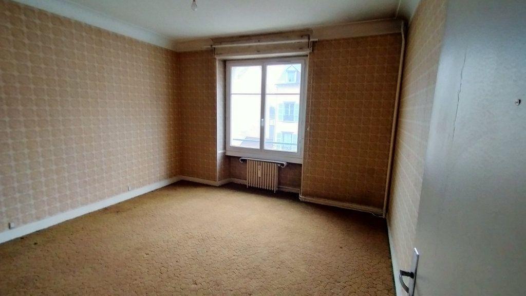 Appartement à vendre 7 144.76m2 à Limoges vignette-11