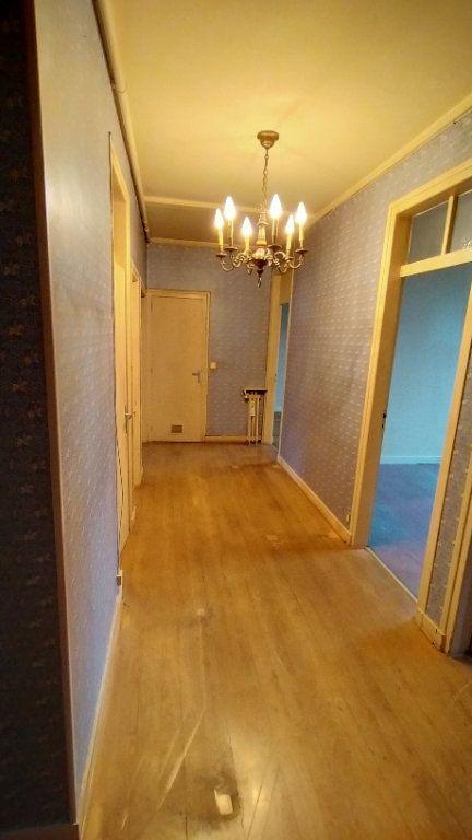 Appartement à vendre 7 144.76m2 à Limoges vignette-13