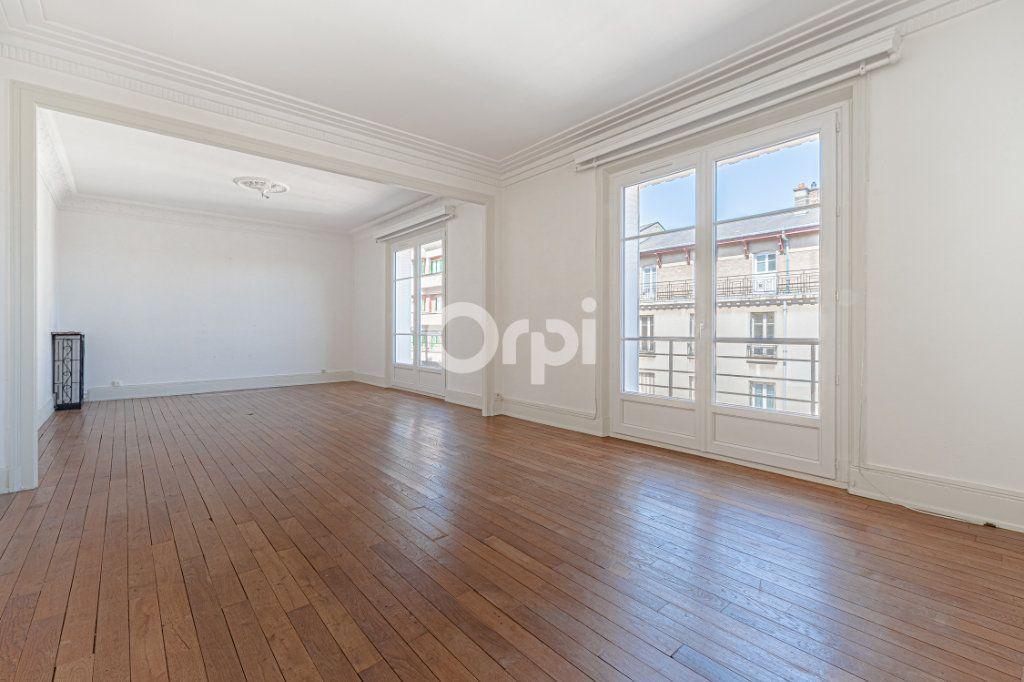 Appartement à vendre 5 123m2 à Limoges vignette-2