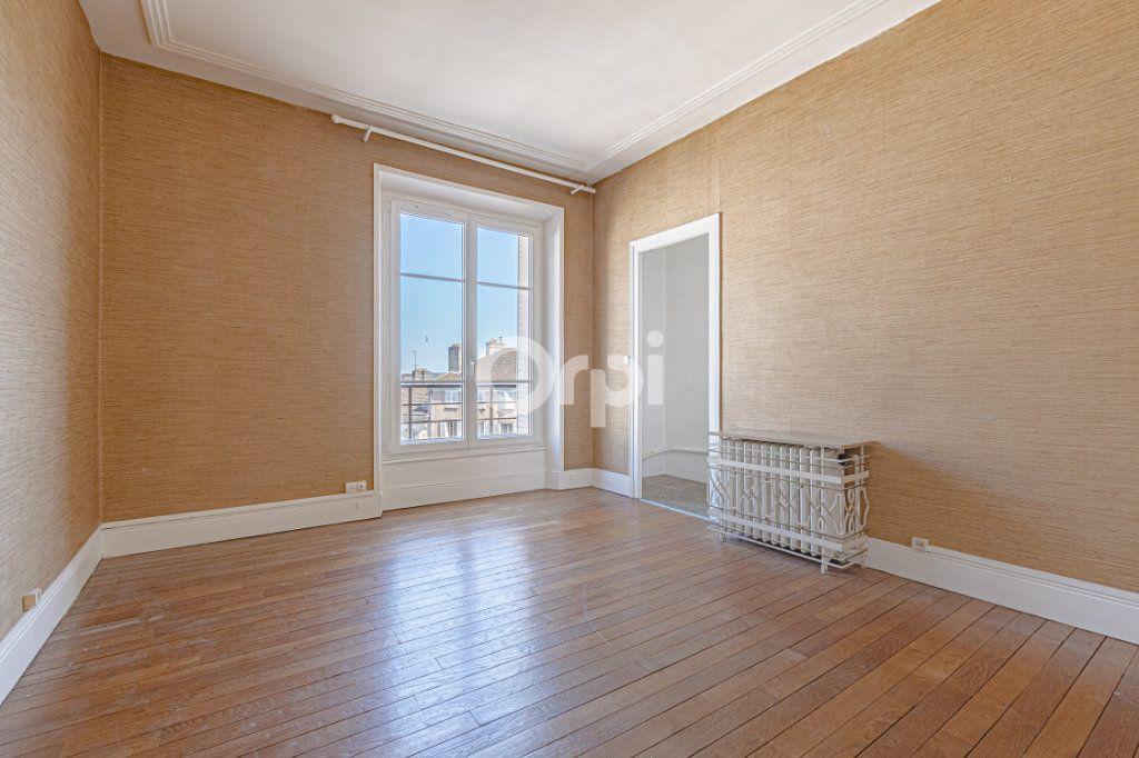 Appartement à vendre 5 123m2 à Limoges vignette-6