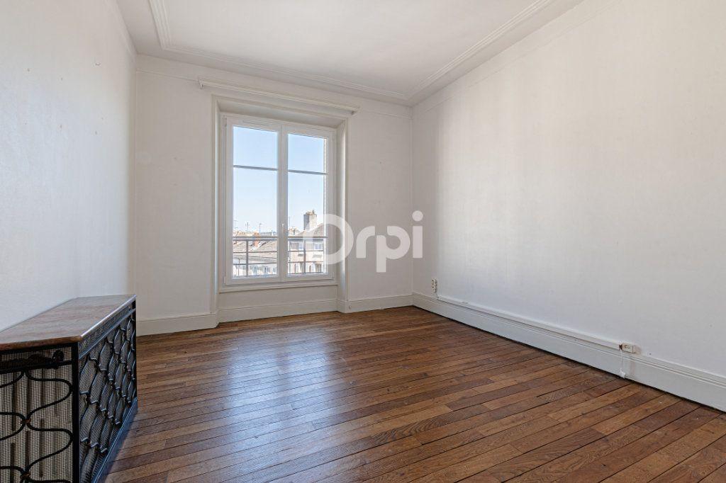 Appartement à vendre 5 123m2 à Limoges vignette-7