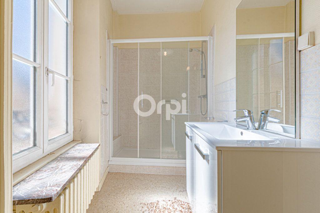 Appartement à vendre 5 123m2 à Limoges vignette-8